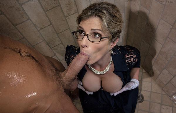 big boob mature lesbians