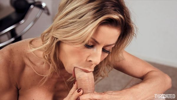 [17.04.18] Slide Your Cock Down My Throat - Alexis Fawx - Throated (773 MB)