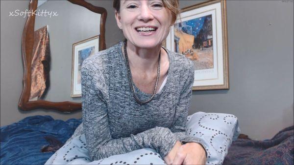 "Julie Snow – The ""Fun"" StepMom HD"