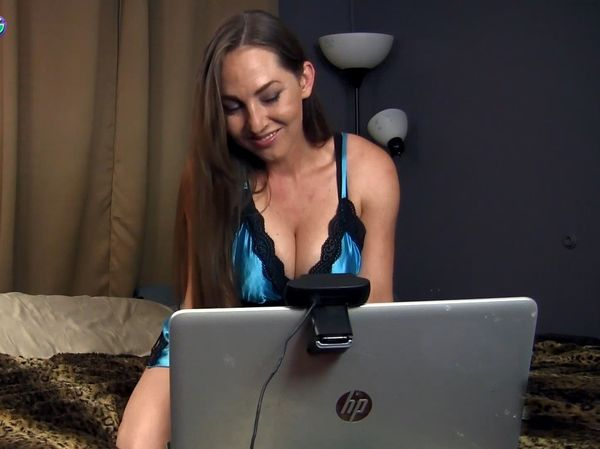 Taboo MILF Kristi – Camming with Your Horny Sister HD