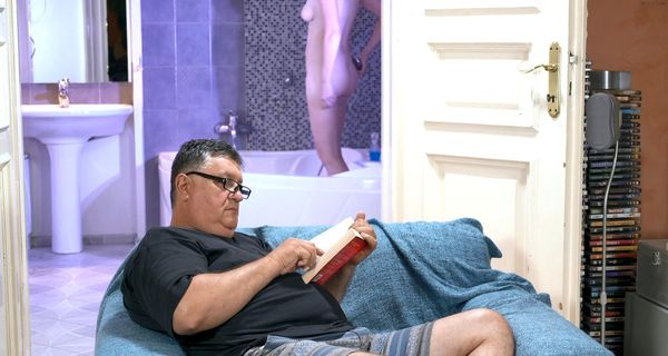 A Hot Shower & Daddy HD