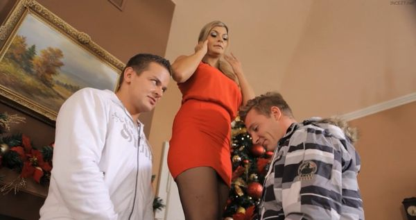 Cum Home For Christmas HD