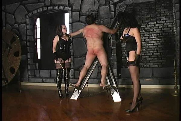 Femdom Brutality Whipping