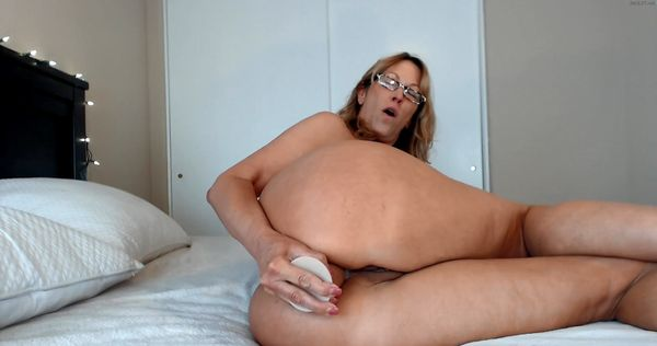 Defloration creampie extra small