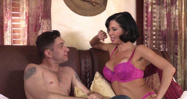 Veronica Avluv – A Taboo Family Affair HD