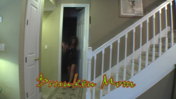 Margo Sullivan – 5 Old Mother and Son Family Taboo Vids in HD