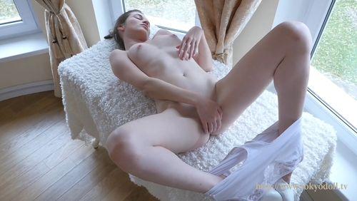 TokyoDoll Elivira F - video 002
