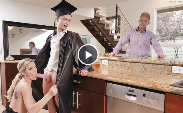 Cap And Gown Dick Down – Kenzie Taylor HD [Untouched 1080p]