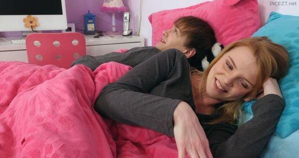 SHARING BED – Nora Ivy HD [Untouched 1080p]