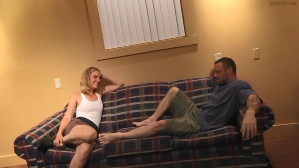 I Made My Sister Squirt – Mona Wales HD
