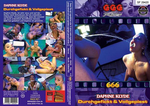 [666] [SF 29420] Daphne Klyde Durchgefickt Und Vollgepisst (2019) HD 720p