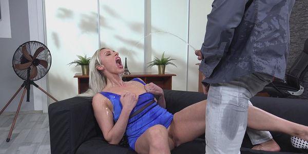 Wet Therapy [VIPissy] Brittany Bardot (1.83 GB)