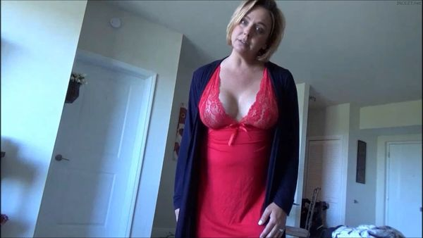 Brianna Beach – Mother's Work is Never Done HD
