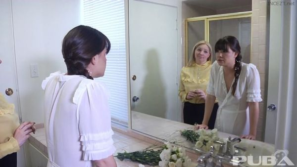 Alison Rey And Kiki Daire – New Sister Wife HD [Untouched 1080p]