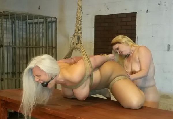Stud Lesbian Getting Fucked
