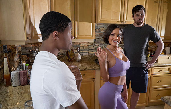 Lathering Up Mrs. Lynn – Krissy Lynn HD [Untouched 1080p]