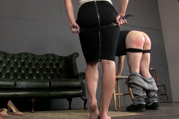 Strict mistress zoe