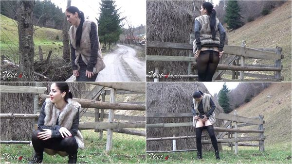 Pee In The Mountain - Wet Kelly - FetishMania (597 MB)
