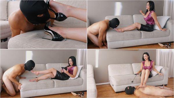 Part Of The Furniture [FetishMania] Goddess Kim (1080p)