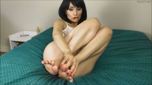 Mommy Foot Job Sissi Viter HD 1080p