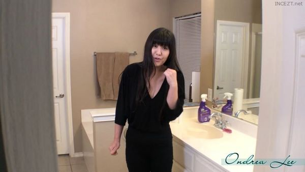 Pandagrl – Spying on Your Mom HD