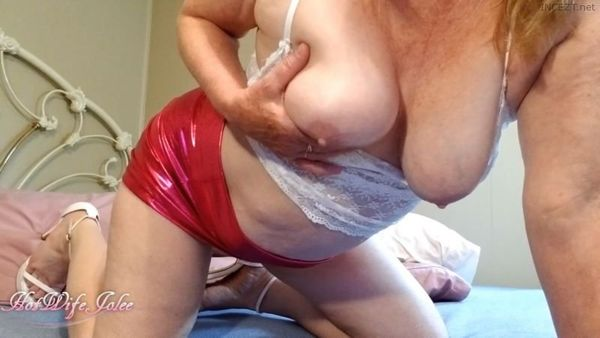 hotwifejolee – Two NEW and HOT OLD MOM-SON Vids in HD