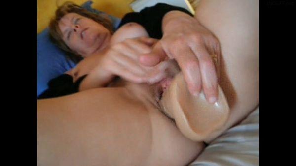 REAL Mom Masturbates For Son HD 1080p