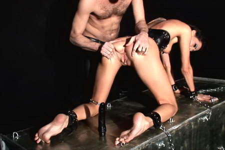 Bound Liz gets exposed in chains