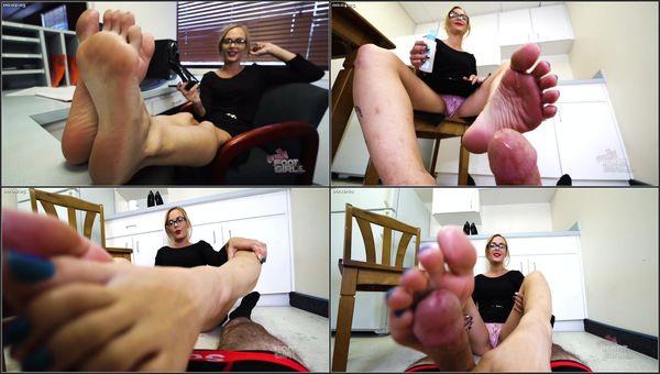 Office Breakroom Footjob Deal [BrattyFootGirls] Jenny Jett (1080p)