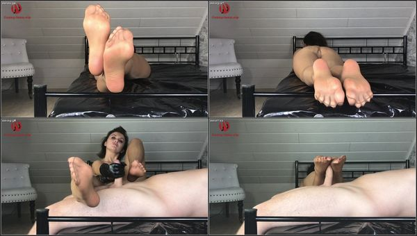Nylon Feet And Footjob [FetishMania] SexyLena (1080p)