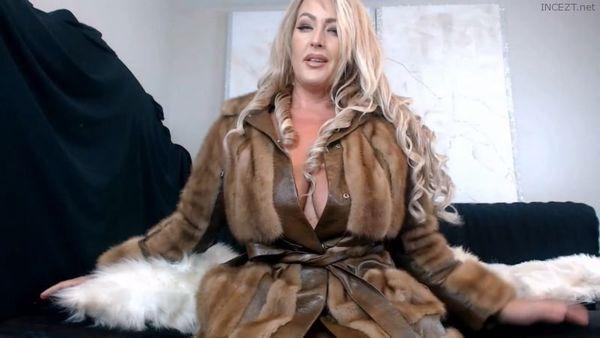 Merraeday – Stepmom Fur Play HD