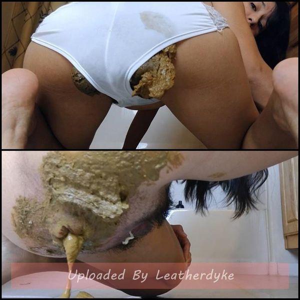 Big Poop in White Panties & Ass Smear