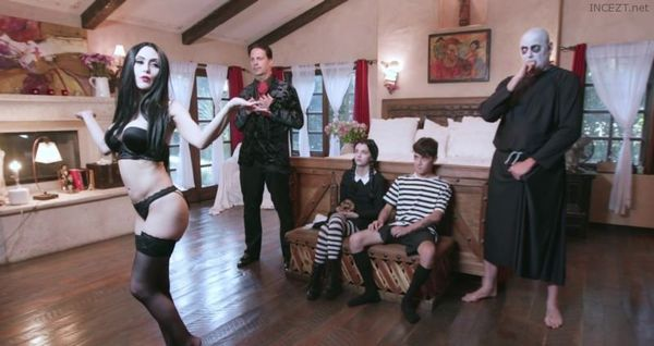 Addams Family Orgy – Audrey Noir And Kate Bloom HD [Untouched 1080p]