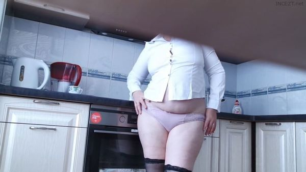 Horny REAL Mom in the Kitchen HD 1080p