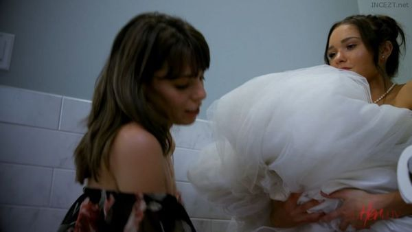 Mother of the Bride – Anny Aurora, Cadence Lux, Vera King HD [Untouched 1080p]