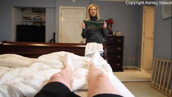 Whacking Off In My Gloves Again – Ashley Mason HD