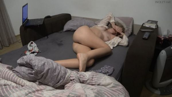 Quick Fuck Before Bedtime and Mouth Fucked StepMom 4k
