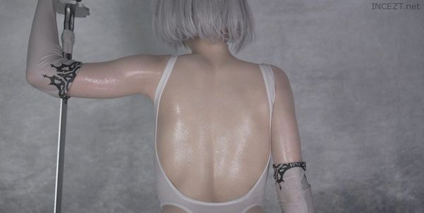 Cover Lana Rain – Oiled Up 2B With Transparent Dildo HD 1080p