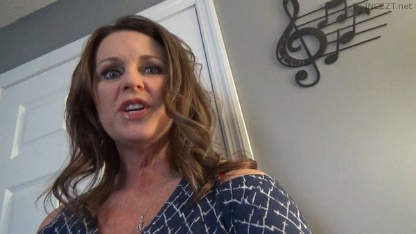 Wife_Layla – Mom Son Roleplay HD