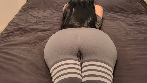 Mom Seduces Son With Her Juicy Huge Oiled Ass in Ripped Leggings HD 1080p