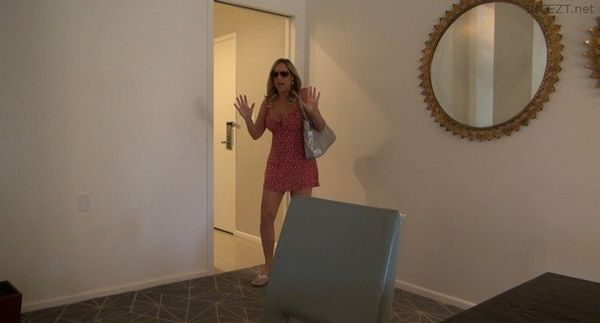 Jodi West – Mom Catches You JOI HD