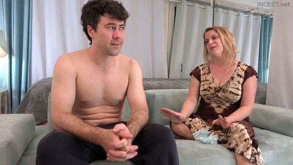 Mom is Stuck In The Couch and Son Cant Help Sliding His Dick Inside Her – Erin Electra 4k