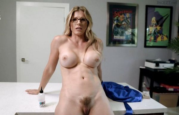 Mom Is Tricked and Stuck – Cory Chase HD 1080p ORIGINAL File!