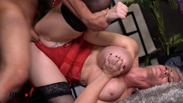 Casca Akashova – Big Tittie Mom Gives Webcam Lessons HD 1080p