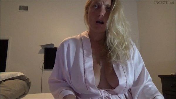 Suckiefuckie – They Discover Their Love HD