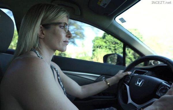 Cory Chase – Naked Car Ride and Hotel Blowjob (HD-1080p)