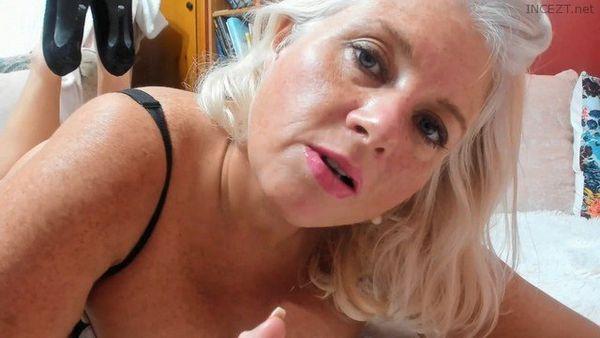 Paintedrose – Curvy MILF: Just The Blowjob HD