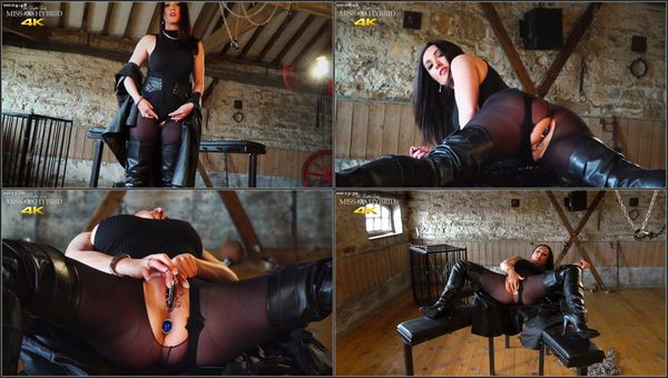 Playing In Pantyhose - Miss Hybrid - Boots (550 MB)