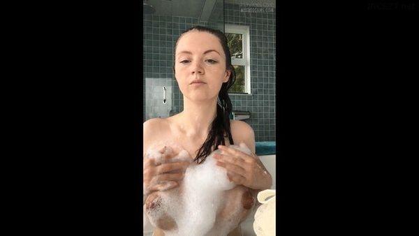 Haylee Love Amateur Taboo Housewife in HD 1080p