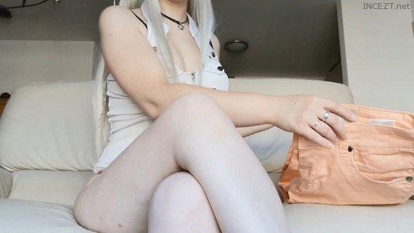 Mom Tries The New Jeans and Teases You With Her Big Round Ass HD 1080p